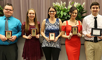 Outstanding Students Honored at Honors Convocation
